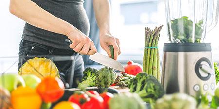 gebeliğin ilk 3 ayında besleneme